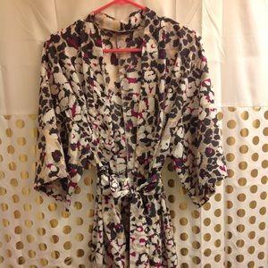 Sofia Vergara Robe Kimono L Sexy NWOT